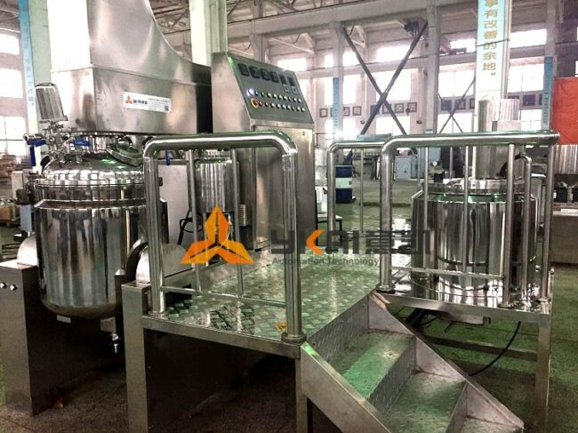 High shear emulsifying mixer  for producing cosmeceutical
