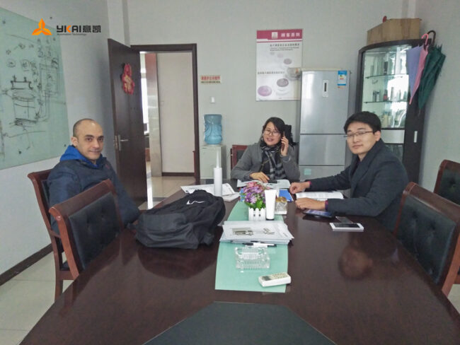 Therefore, the customer contacted the Yikai staff through various channels and decided to visit the Yikai visit.
